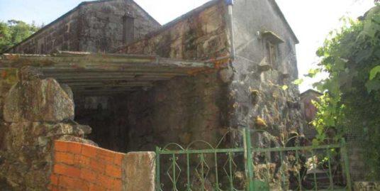 Casa para reformar en Maceira, O Covelo