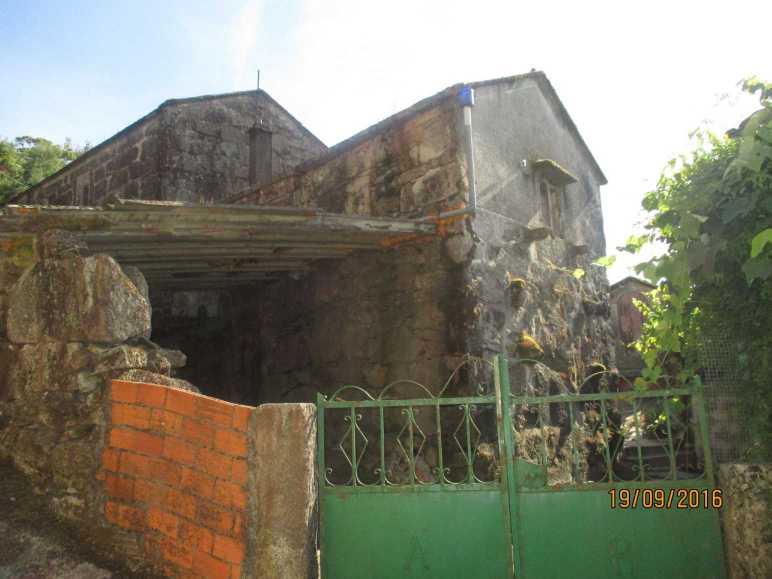 Casa para reformar en Maceira, O Covelo – MV324